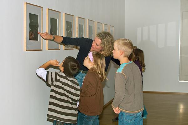 Schulklasse | Ausstellung Beuys | © Andrea Felske